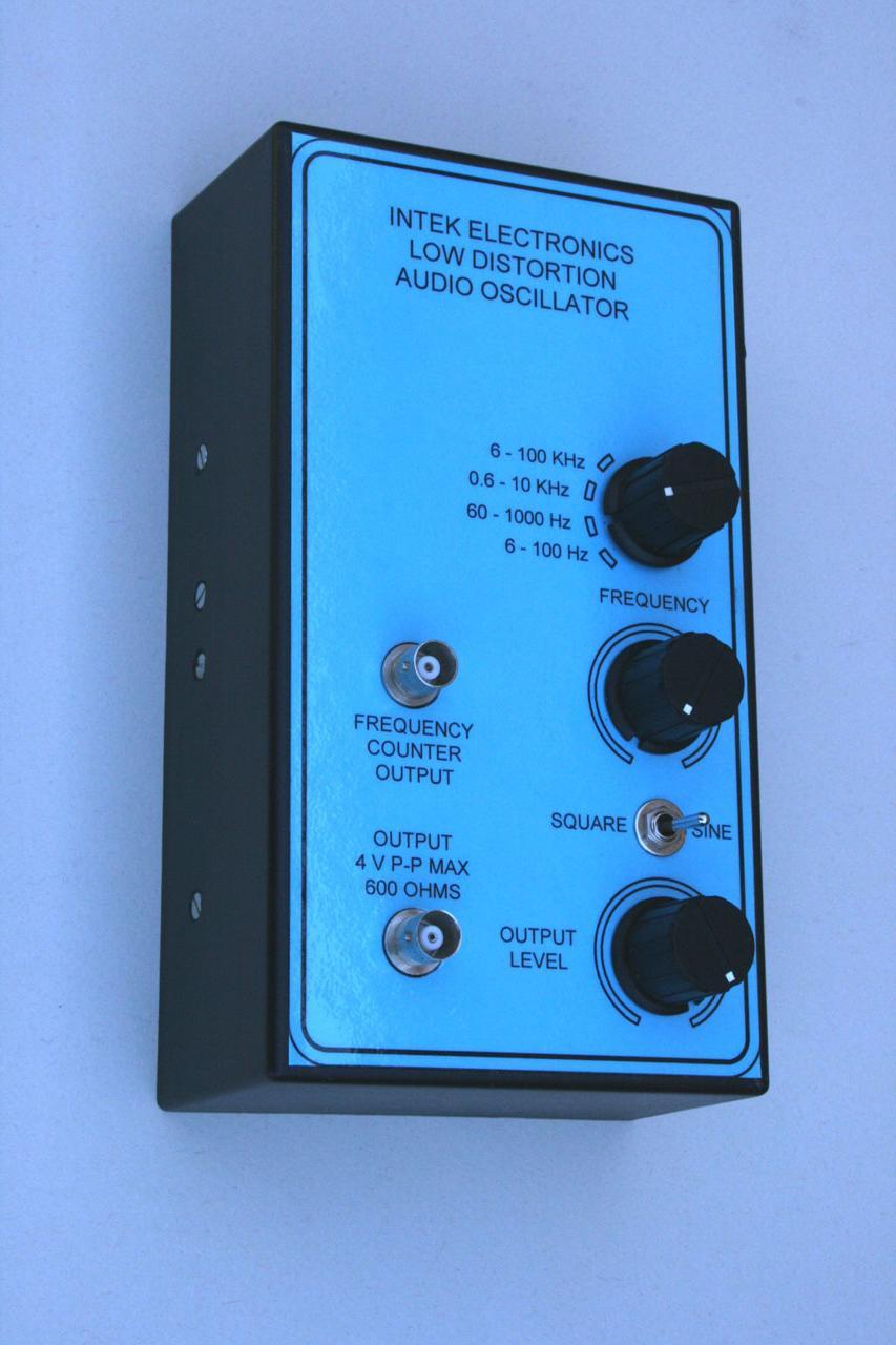 Low Thd Audio Oscillator